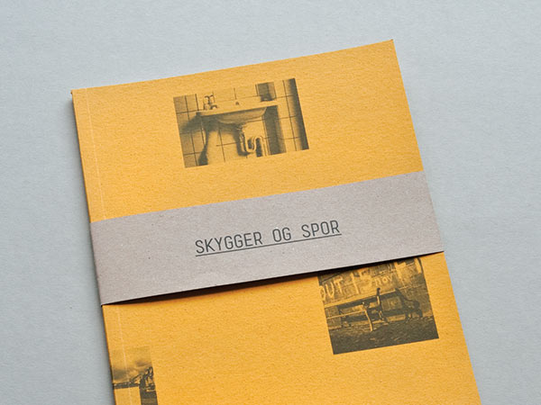 Skygger og spor - a handmade book gathering two series of photographies by Finn Lassen